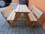 Dětský dřevěný piknikový stůl s lavicemi použité
